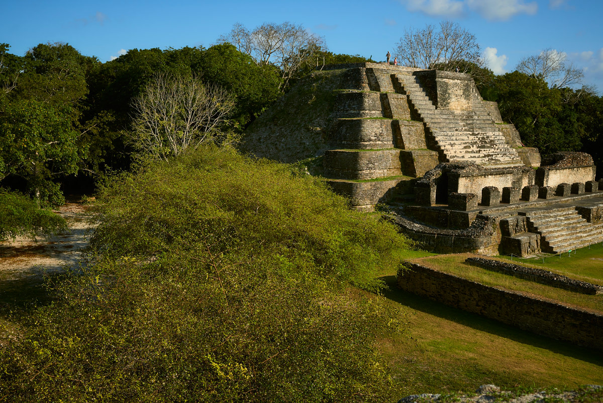 altun-ha-belize-mayan-temple2