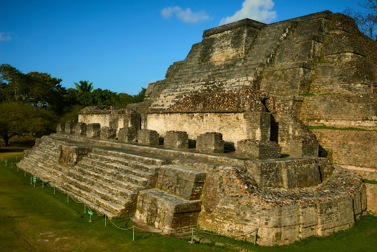 altun-ha-belize-mayan-temple3