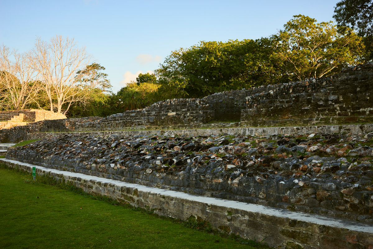altun-ha-belize-mayan-temple9